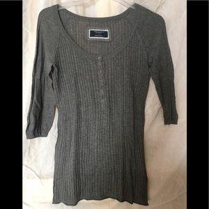 American Eagle 3/4 length sleeve light sweater